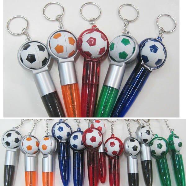 コロコロサッカーボールの可愛いボールペンキーホルダー(青インク)1本