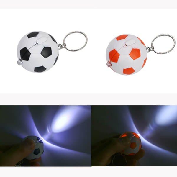 サッカーボール型  LEDライトキーホルダー  1個