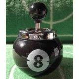 ビリヤードビリヤードボール型の灰皿