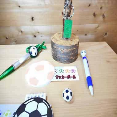 セットがお得! サッカーボール型 かわいい付箋紙メモ帳  単価 185円〜【画像4】