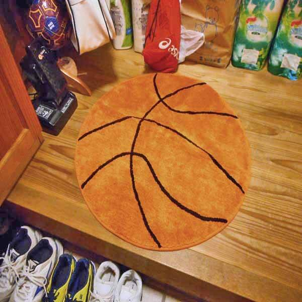 存在感抜群 大きいバスケットボール型マット【画像3】