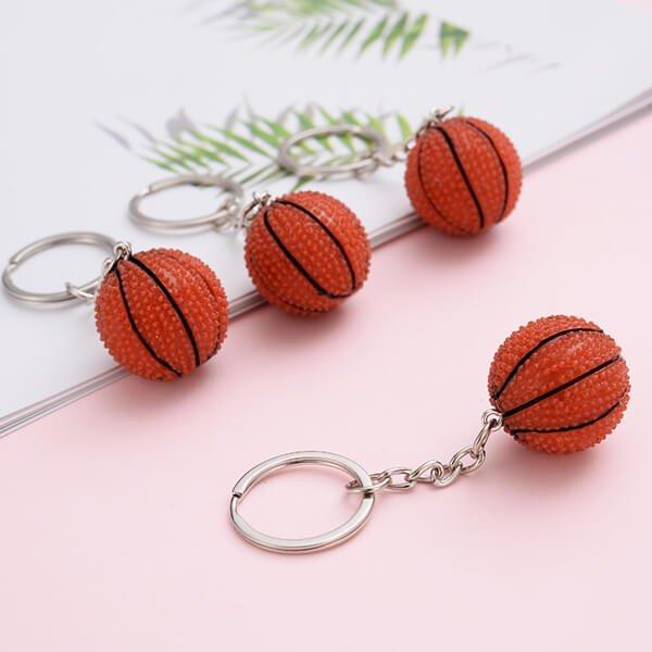 キュートなバスケットボールキーホルダー