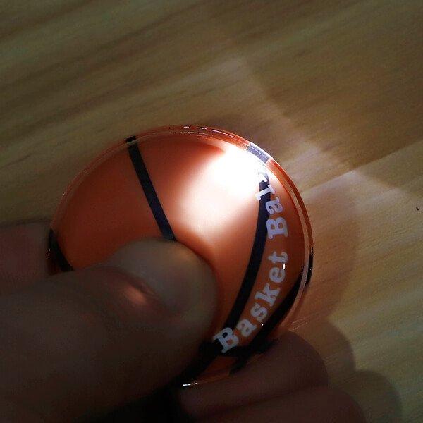 バスケットボール型のフラットライトキーホルダー 単価178円〜【画像3】