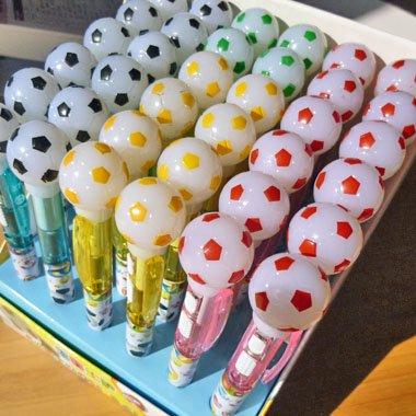 かわいい柄入り サッカーボール付き ライトボールペン (光るペン) 1本【画像3】
