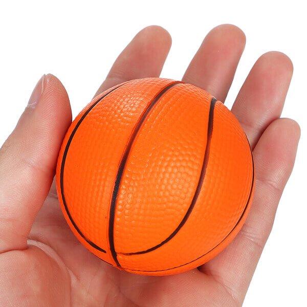 (直径6.3センチ)弾力性があるやわらかバスケットボール1個【画像4】