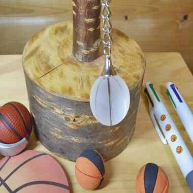 クリスタルキーホルダー バスケットボールタイプ 直径25ミリ【画像2】