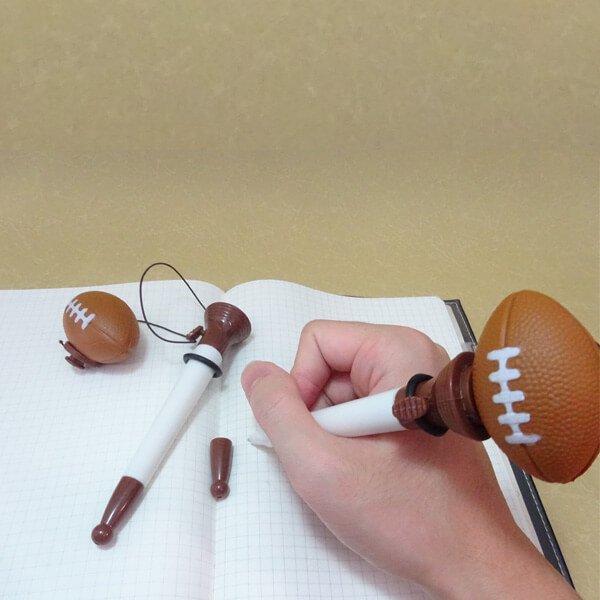 可愛いラグビー柄の真空ボールペン(ボールを飛ばして遊べるラグビーボールペン)【画像4】