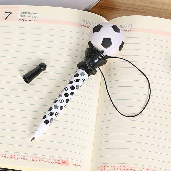 真空サッカーボールペン(ボールを飛ばして遊べるボールペン)【画像4】