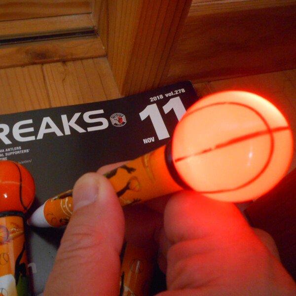 バスケットボールが光る 可愛いトリックライトペン1本【画像3】