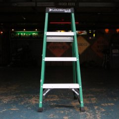 4 ft Green/Standard Louisville Fiberglass Step Ladder/アメリカ脚立