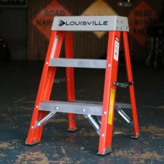 2ft/Orange Louisville Fiberglass Step Stool Industrial/アメリカ脚立