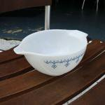 PYREX | VINTAGE BOWL SNOW FLAKE WHITE