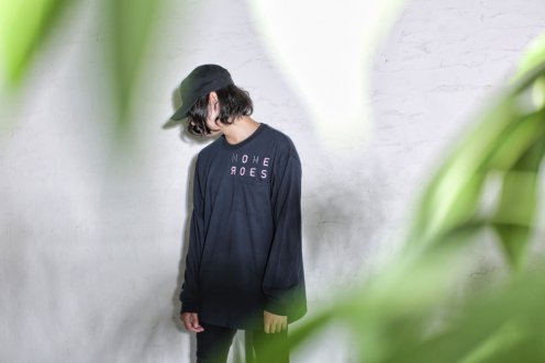 typograph pocket long sleeve