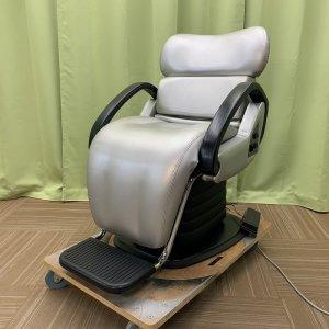 <img class='new_mark_img1' src='https://img.shop-pro.jp/img/new/icons5.gif' style='border:none;display:inline;margin:0px;padding:0px;width:auto;' />【中古】オオヒロ シャンプー椅子『B-111NE』