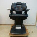 完売【中古】タカラベルモント 理容椅子『ERGO(エルゴ)-700N』