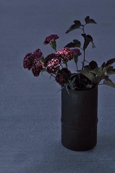 新作! 田中潤さんの漆円筒花器