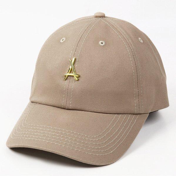 "Tha Alumni Clothing アルムナイ ロゴ 6パネル ストラップバックキャップ カーキ ""24K KHAKI DAD HAT"""