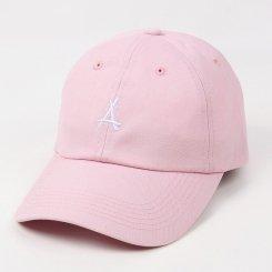 Tha Alumni Clothing アルムナイ ロゴ 6パネル ストラップバックキャップ ピンク