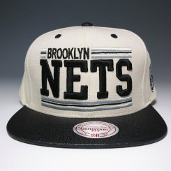 <img class='new_mark_img1' src='https://img.shop-pro.jp/img/new/icons20.gif' style='border:none;display:inline;margin:0px;padding:0px;width:auto;' />Mitchell & Ness スナップバックキャップ ネッツ クリーム×ブラック