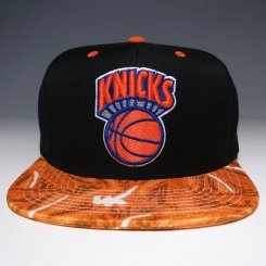 <img class='new_mark_img1' src='https://img.shop-pro.jp/img/new/icons20.gif' style='border:none;display:inline;margin:0px;padding:0px;width:auto;' />Mitchell & Ness スナップバックキャップ ニックス ブラック×オレンジカモ