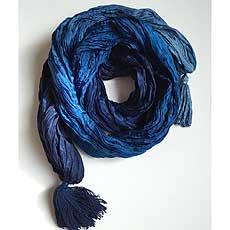 エストニア製シルクスカーフ Tale of Silk ブルー
