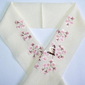 桜と雀 生成り半襟