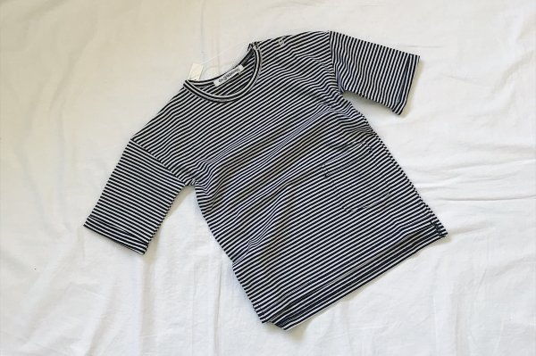 <img class='new_mark_img1' src='//img.shop-pro.jp/img/new/icons14.gif' style='border:none;display:inline;margin:0px;padding:0px;width:auto;' />New Basic MINGO T-shirt  B/W stripes