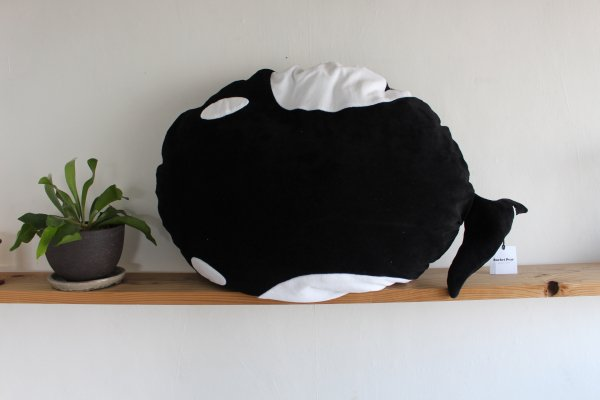<img class='new_mark_img1' src='//img.shop-pro.jp/img/new/icons14.gif' style='border:none;display:inline;margin:0px;padding:0px;width:auto;' />17ss Rocket Pear Orca Cushion