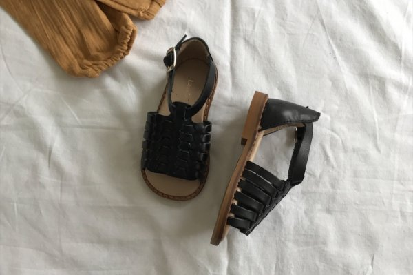 <img class='new_mark_img1' src='//img.shop-pro.jp/img/new/icons16.gif' style='border:none;display:inline;margin:0px;padding:0px;width:auto;' />50%off Louis&Lola JAMIE SANDALS Black