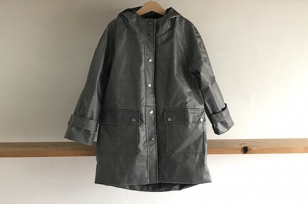 <img class='new_mark_img1' src='//img.shop-pro.jp/img/new/icons16.gif' style='border:none;display:inline;margin:0px;padding:0px;width:auto;' />50%off Rocket pear rain coat