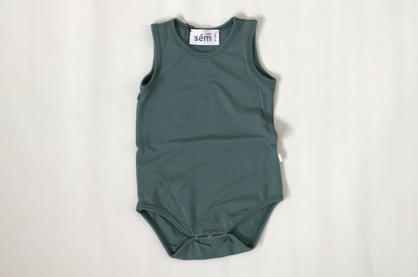 <img class='new_mark_img1' src='//img.shop-pro.jp/img/new/icons14.gif' style='border:none;display:inline;margin:0px;padding:0px;width:auto;' />18SS sem label Tank Onesie Mallard