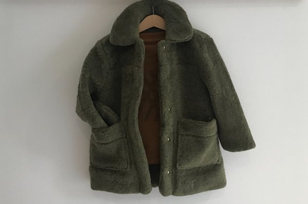 <img class='new_mark_img1' src='//img.shop-pro.jp/img/new/icons14.gif' style='border:none;display:inline;margin:0px;padding:0px;width:auto;' />18aw REPOSE.AMS Faux fur coat dusty green