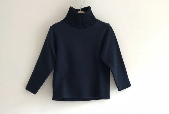 <img class='new_mark_img1' src='//img.shop-pro.jp/img/new/icons14.gif' style='border:none;display:inline;margin:0px;padding:0px;width:auto;' />18aw Rocket pear turtleneck longsleeve
