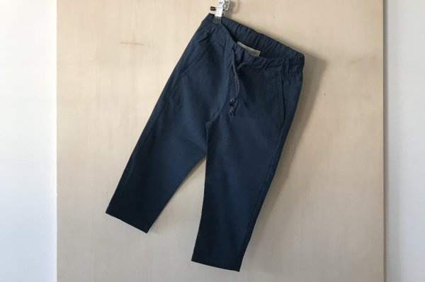 <img class='new_mark_img1' src='//img.shop-pro.jp/img/new/icons14.gif' style='border:none;display:inline;margin:0px;padding:0px;width:auto;' />Septembers Frej pants - Navy