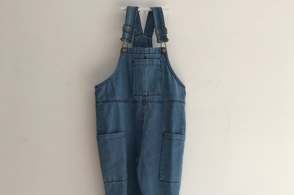 <img class='new_mark_img1' src='//img.shop-pro.jp/img/new/icons16.gif' style='border:none;display:inline;margin:0px;padding:0px;width:auto;' />40%off 19ss main story Dungaree Blue Denim