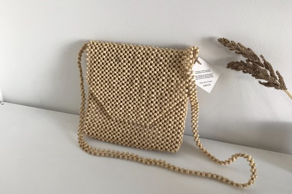 <img class='new_mark_img1' src='https://img.shop-pro.jp/img/new/icons16.gif' style='border:none;display:inline;margin:0px;padding:0px;width:auto;' />20%off Abaca Ligaw Wood Sling / oatmeal