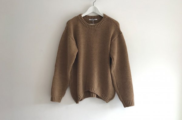 <img class='new_mark_img1' src='//img.shop-pro.jp/img/new/icons14.gif' style='border:none;display:inline;margin:0px;padding:0px;width:auto;' />19AW MINGO SWEATER KNIT SAND ADULT