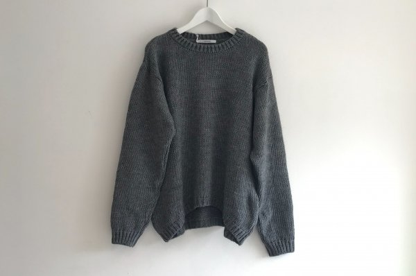 <img class='new_mark_img1' src='//img.shop-pro.jp/img/new/icons14.gif' style='border:none;display:inline;margin:0px;padding:0px;width:auto;' />19AW MINGO SWEATER KNIT GLAY ADULT