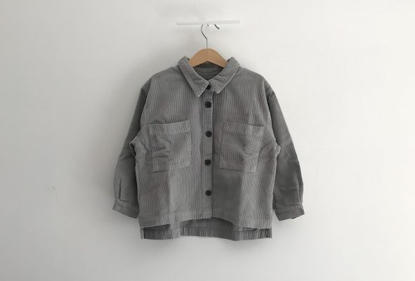 <img class='new_mark_img1' src='//img.shop-pro.jp/img/new/icons14.gif' style='border:none;display:inline;margin:0px;padding:0px;width:auto;' />19aw main story Cord Wide Shirt Grey