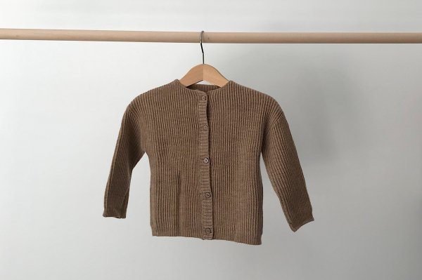 <img class='new_mark_img1' src='https://img.shop-pro.jp/img/new/icons16.gif' style='border:none;display:inline;margin:0px;padding:0px;width:auto;' />40%off REPOSE.AMS knit cardigan Camel