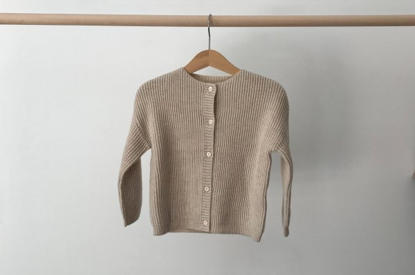 <img class='new_mark_img1' src='//img.shop-pro.jp/img/new/icons14.gif' style='border:none;display:inline;margin:0px;padding:0px;width:auto;' />19aw REPOSE.AMS knit cardigan Soft white