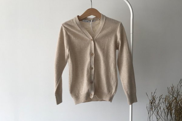 <img class='new_mark_img1' src='https://img.shop-pro.jp/img/new/icons16.gif' style='border:none;display:inline;margin:0px;padding:0px;width:auto;' />70%off 20ss MINGO Cardigan Oatmeal