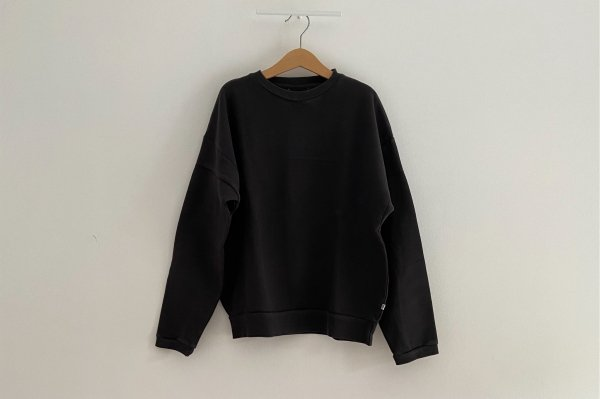<img class='new_mark_img1' src='//img.shop-pro.jp/img/new/icons14.gif' style='border:none;display:inline;margin:0px;padding:0px;width:auto;' />AW20 Repose.AMS  Crewneck sweater charcoal