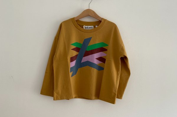 <img class='new_mark_img1' src='//img.shop-pro.jp/img/new/icons14.gif' style='border:none;display:inline;margin:0px;padding:0px;width:auto;' />AW20 main story   Long Sleeve Tee /  Honey Mustard