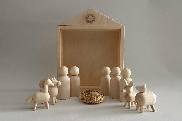 <img class='new_mark_img1' src='//img.shop-pro.jp/img/new/icons14.gif' style='border:none;display:inline;margin:0px;padding:0px;width:auto;' />HANDCRAFTED WOODEN CHRISTMAS NATIVITY PEG DOLL