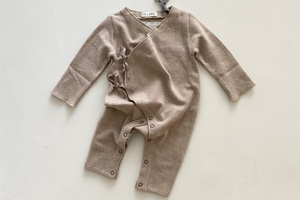 <img class='new_mark_img1' src='https://img.shop-pro.jp/img/new/icons14.gif' style='border:none;display:inline;margin:0px;padding:0px;width:auto;' />CO LABEL Warm Cotton Baby Suit  Oatmeal