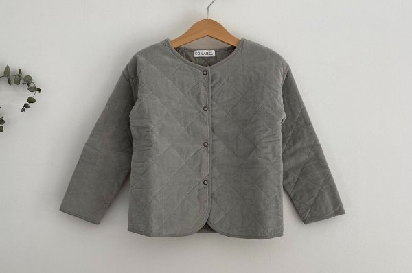 <img class='new_mark_img1' src='https://img.shop-pro.jp/img/new/icons14.gif' style='border:none;display:inline;margin:0px;padding:0px;width:auto;' />CO LABEL CORDUROY JACKET   GHOST GRAY