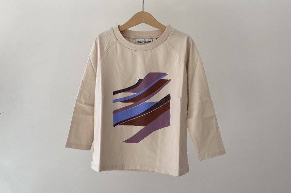 <img class='new_mark_img1' src='https://img.shop-pro.jp/img/new/icons14.gif' style='border:none;display:inline;margin:0px;padding:0px;width:auto;' />21SS Main Story Raglan Oversized Long Sleeved Tee  / Birch Fragment