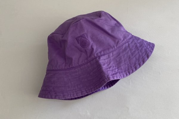<img class='new_mark_img1' src='https://img.shop-pro.jp/img/new/icons55.gif' style='border:none;display:inline;margin:0px;padding:0px;width:auto;' />21SS Main Story washed Bucket Hat / Hyacinth
