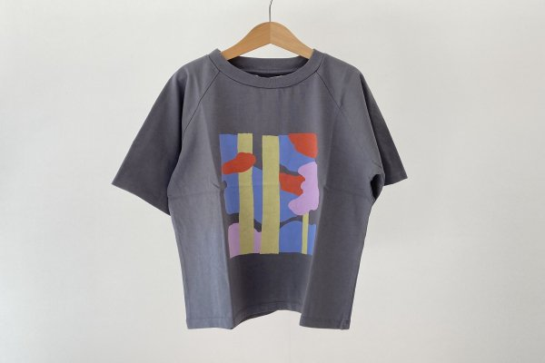 <img class='new_mark_img1' src='https://img.shop-pro.jp/img/new/icons14.gif' style='border:none;display:inline;margin:0px;padding:0px;width:auto;' />21SS Main Story  Raglan Oversized Tee / Castle-Trees